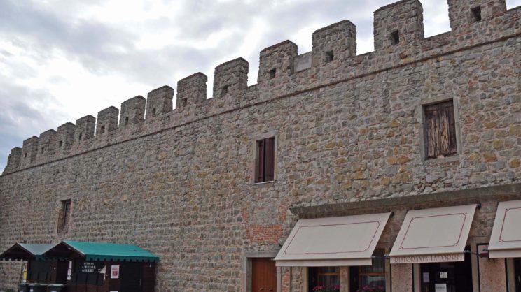 immagine punto di interesse Mura Carraresi