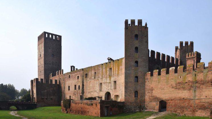 immagine punto di interesse Castello di San Zeno