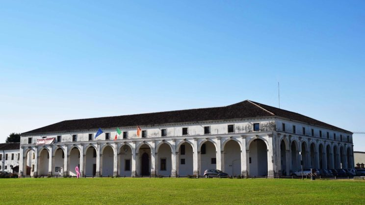 immagine punto di interesse Barchesse di Villa Fini